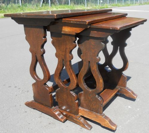 Quality Oak Nest of Three Tables